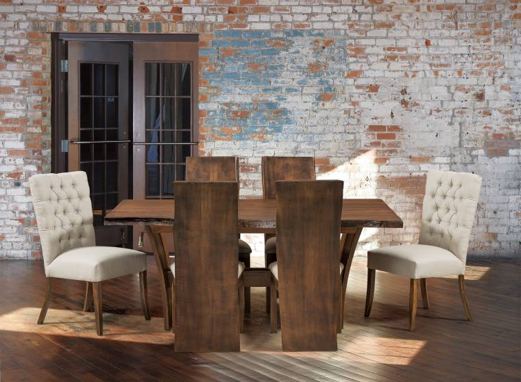 Alana Evergreen Table with Delphi Chairs